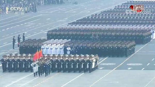 国庆七十周年阅兵3.jpg