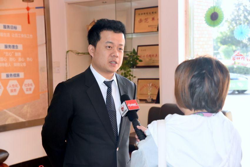 4——徐彬总经理现场接受武进电视台采访.JPG