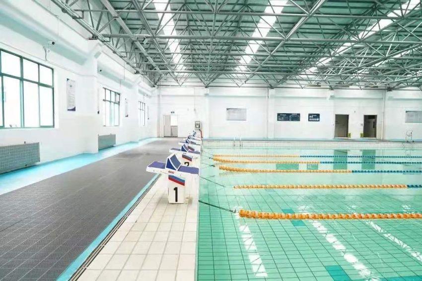 泳者之三.jpg