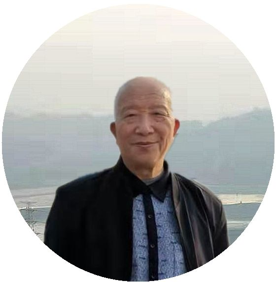 坛子岭留影_副本.jpg